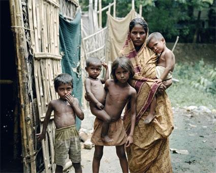 world poverty on the increase melange