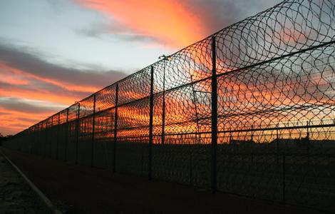 lockup_down_under